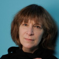 Amanda Plummer cast as WIRESS in The Hunger Games: Catching Fire