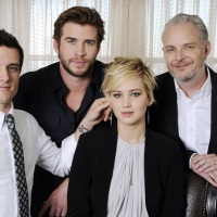 [UPDATED] Photos: 'Catching Fire' cast and director Francis Lawrence attend the press junket