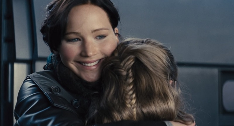 Watch: Katniss Everdeen returns from Victory Tour in