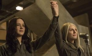 Jennifer Lawrence and Julianne Moore in new Mockingjay Part 1 stills