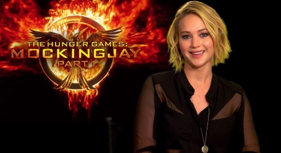Jennifer Lawrence invites you to Mockingjay premiere