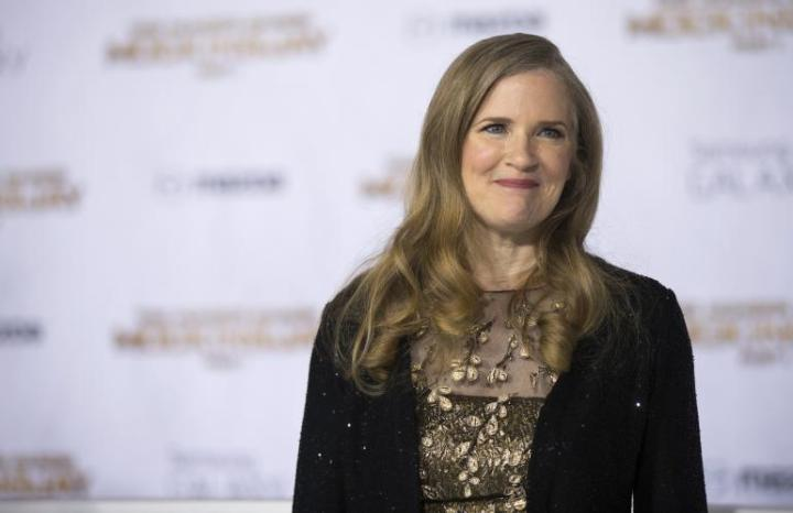 Suzanne Collins Talks The Hunger Games Books Katniss S Family