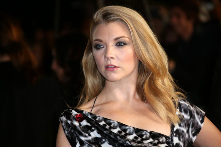 natalie-dormer-the-hunger-games-mockingjay-part-2-premiere-in-london_9